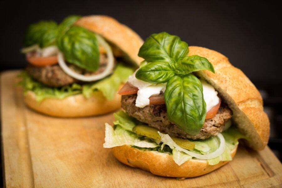 Dia do Hambúrguer: restaurantes apresentam opções para comemorar a data