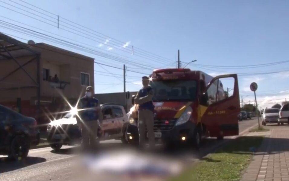 Pedestre morre atropelado e motorista foge sem prestar socorro em Curitiba
