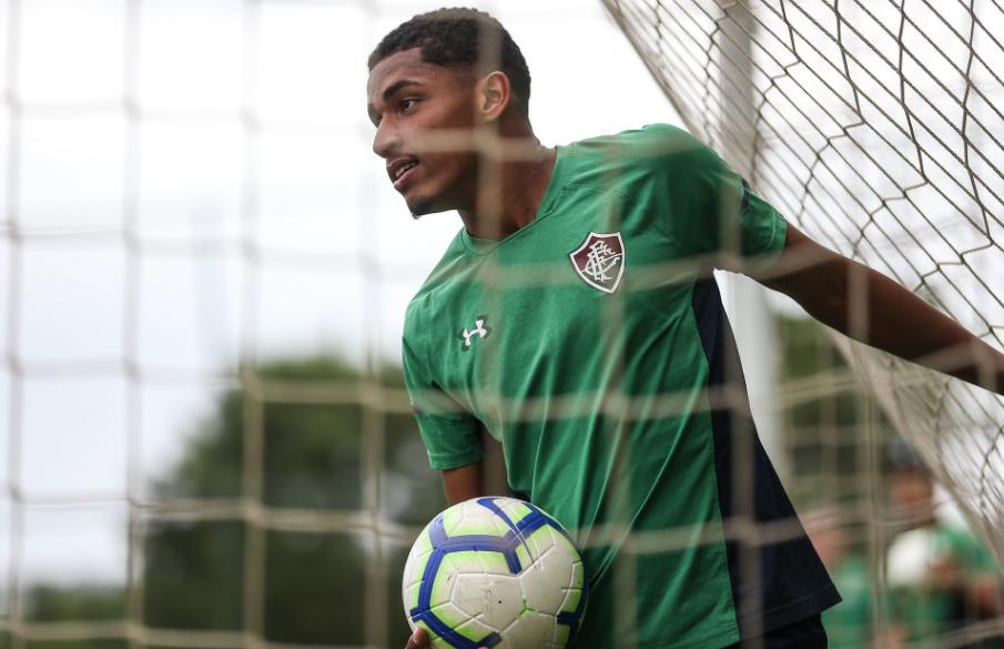 Marcos Paulo elogia treinos virtuais do Fluminense