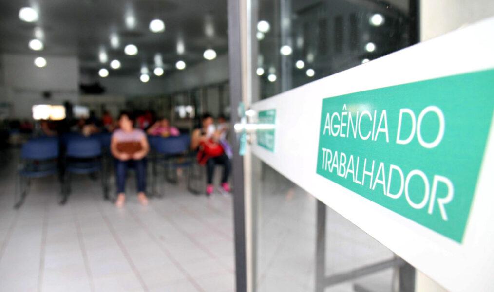 Coronavírus: desemprego no Paraná pode atingir mais de 400 mil pessoas
