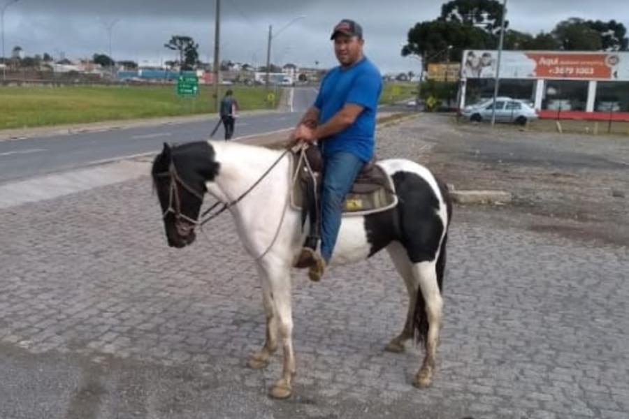 Domador de cavalos é assassinado a tiros em Campina Grande do Sul