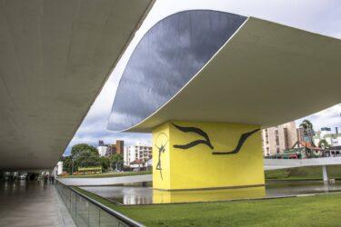 Museu Oscar Niemeyer tem entrada gratuita nesta quarta e atividades especiais