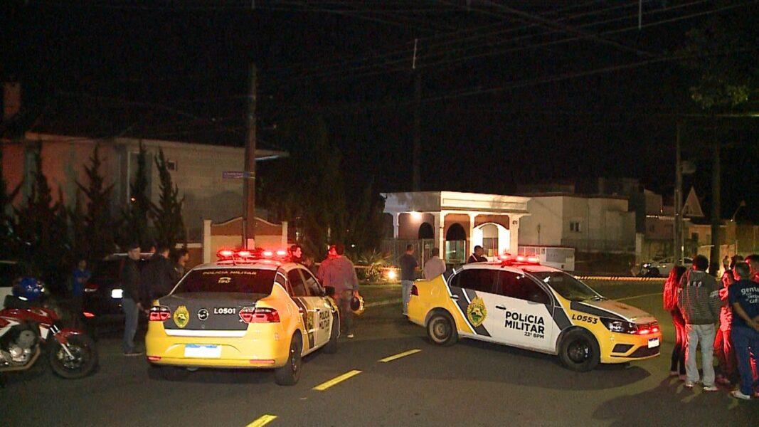 Dupla é morta em confronto após roubo de carro no centro de Curitiba