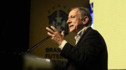 Secretário-geral da CBF se inspira na Alemanha e cogita volta do futebol em junho