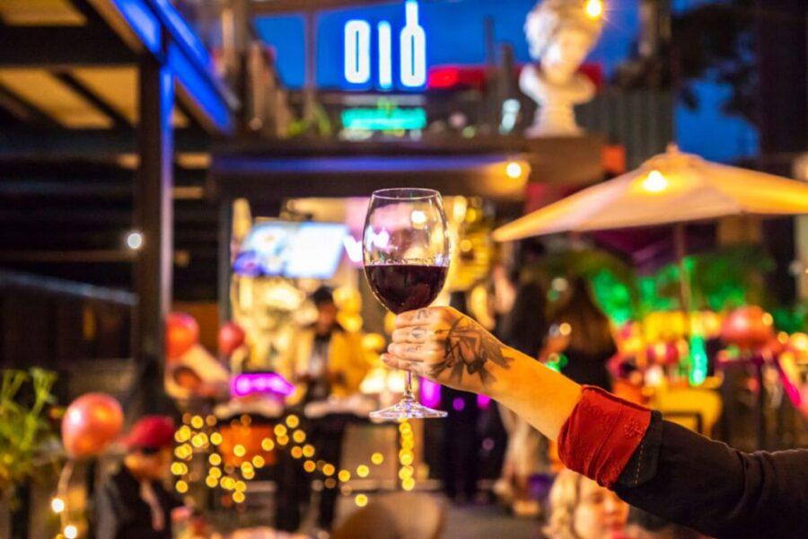 Diô promove sábado de harmonização cultural com poesia e vinho
