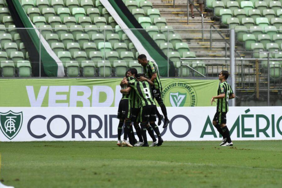 América-MG vence o Tombense e assume a ponta do Mineiro