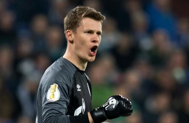 Bayern anuncia goleiro do Schalke e jornal alemão revela incômodo de Neuer