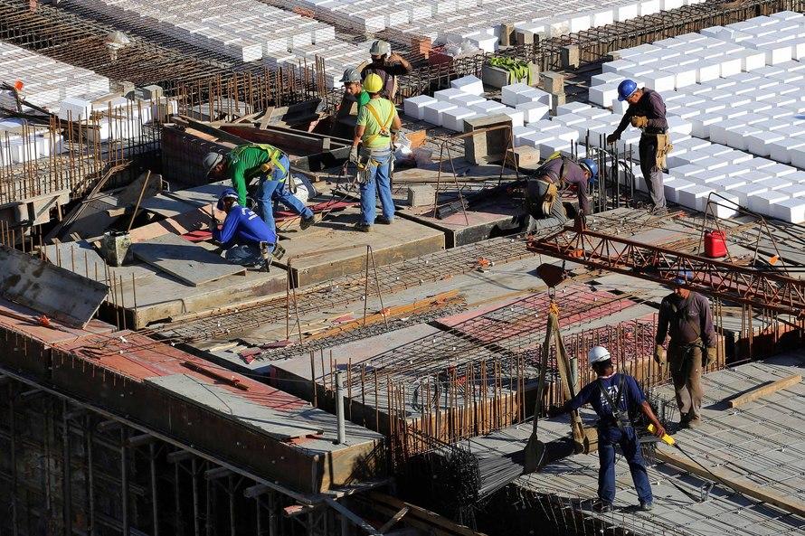 Apesar de recuo na região Sul, Paraná mantém crescimento na geração de empregos