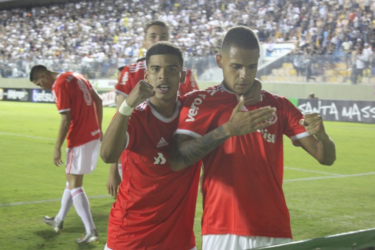 Inter domina o Corinthians e garante vaga na final da Copinha