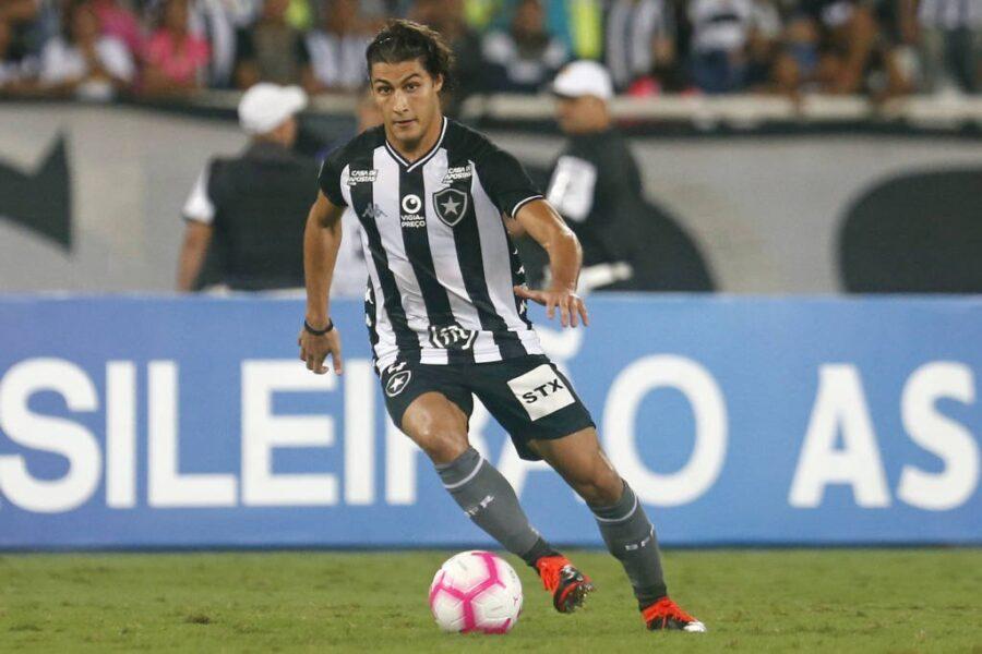 Dirigente do Botafogo não crê em renovação de Marcinho