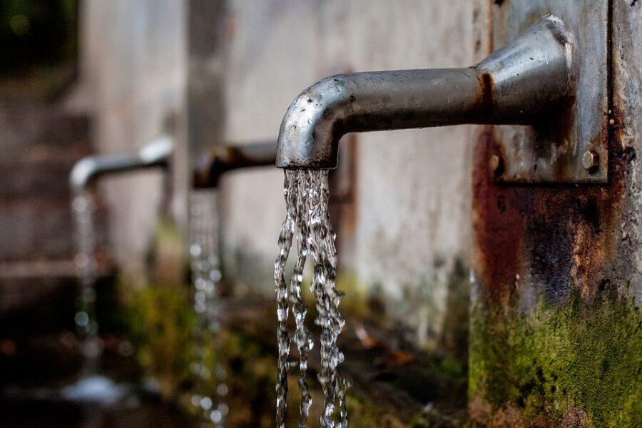 Bairros de Curitiba ficam sem água a partir desta terça-feira (18); confira lista!