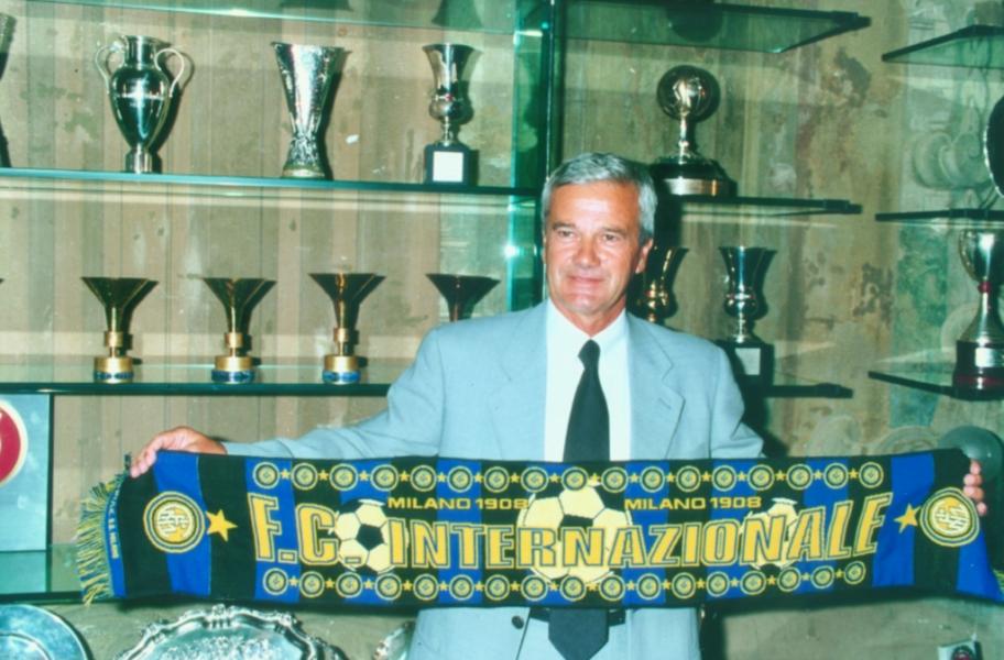 Morre Gigi Simoni, ex-treinador de Ronaldo na Inter de Milão