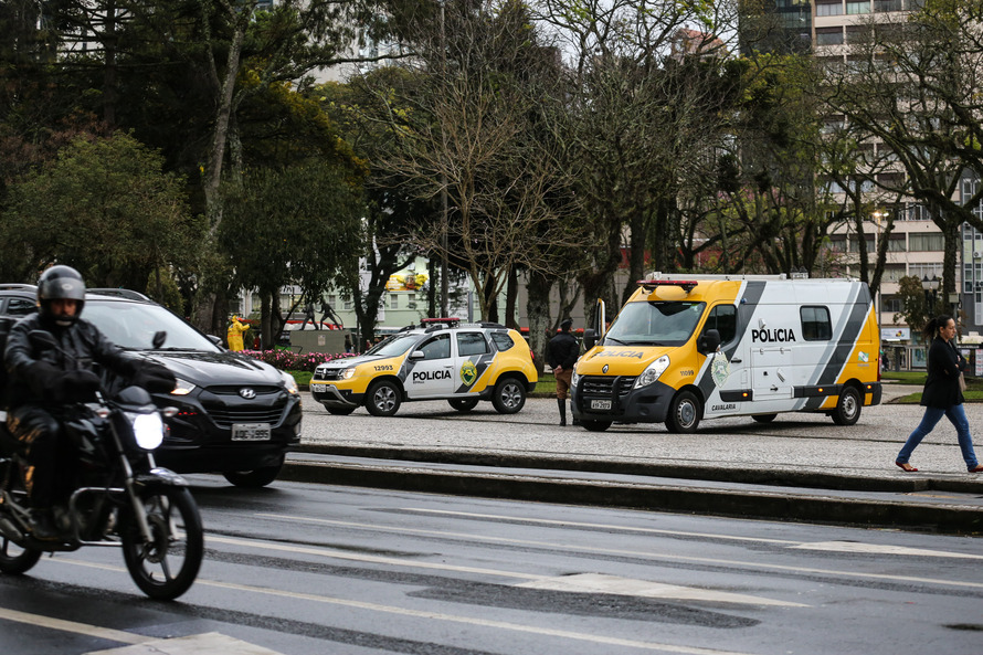 Número de furtos e roubos tem queda em Curitiba