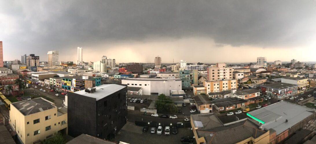 Alerta Amarelo: Defesa Civil sinaliza chuvas fortes, raios e granizo nesta quarta-feira (18)