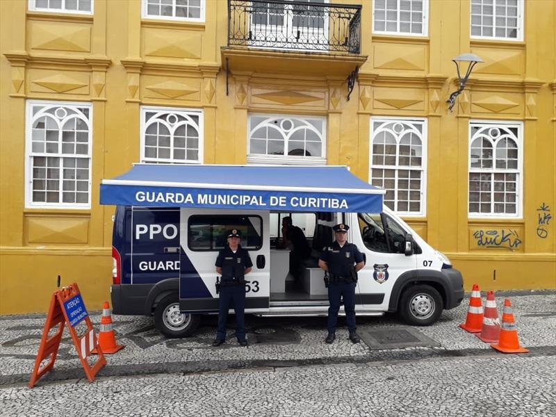 Polícia Civil vai investigar baderna no Largo da Ordem durante o carnaval