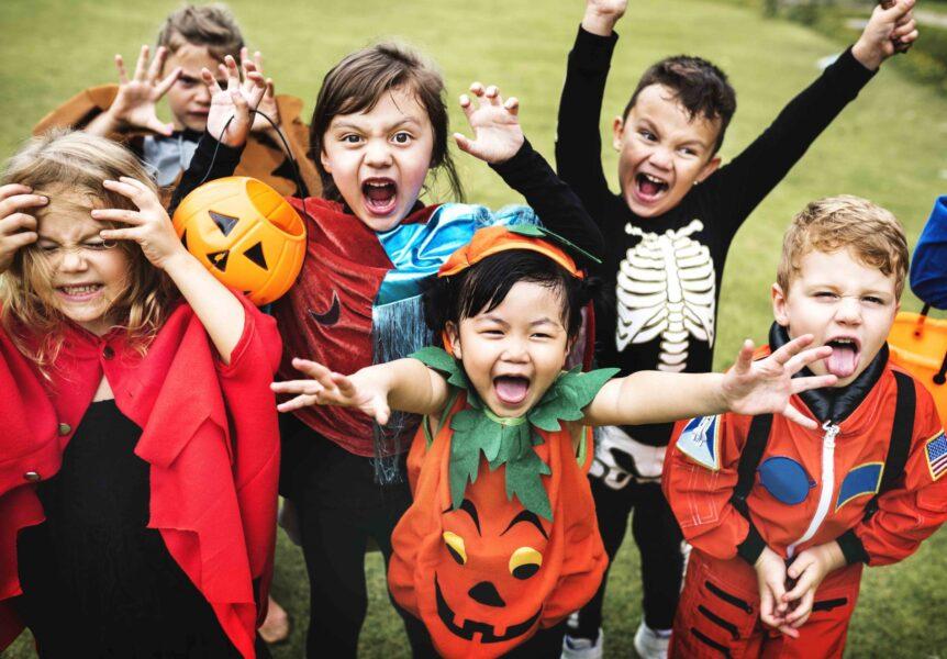 "Curitiba recebe o gratuito ""Halloween de Rua"" neste sábado (9), a partir das 13h"