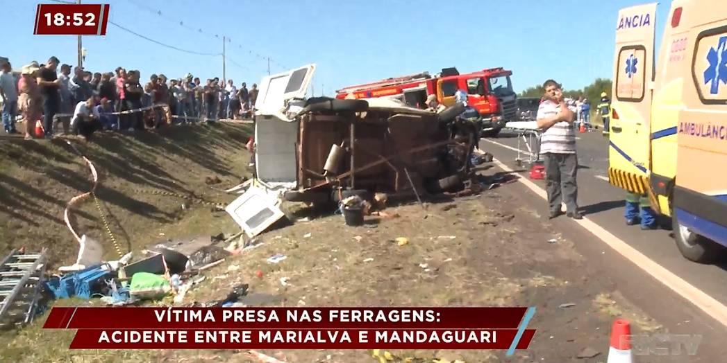 Vítima fica presa nas ferragens e morre após acidente entre Marialva e Mandaguari