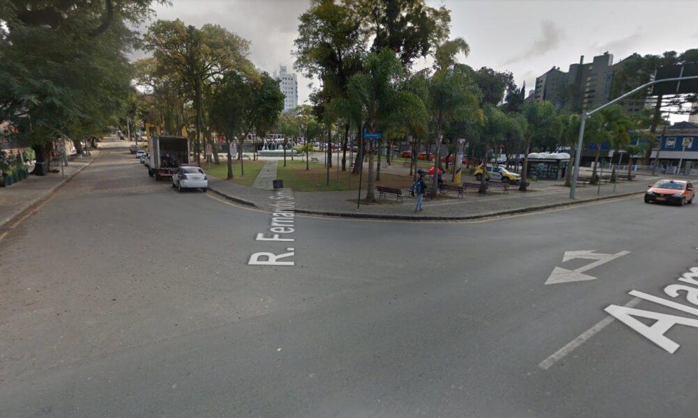 Homem é morto na Praça da Espanha após fugir de abordagem policial