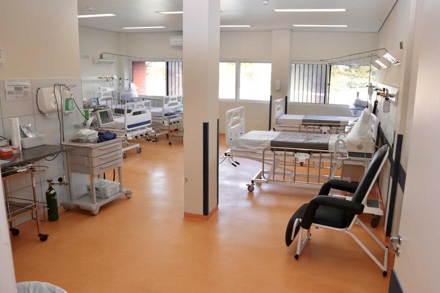 Grupo de empresários realiza doações a Hospital Regional do Litoral para ampliar rede de atendimento