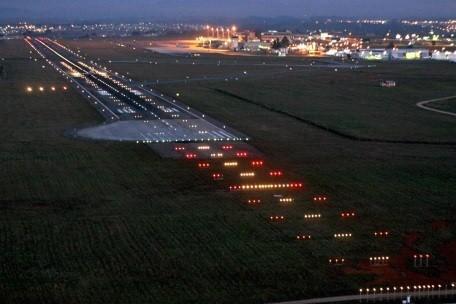 aeroporto-afonos-pena-curitiba