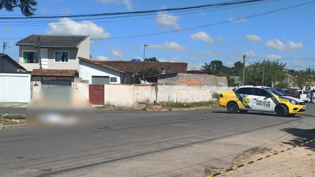 Jovens são mortos a tiros no Guaraituba, próximo a terminal em Colombo