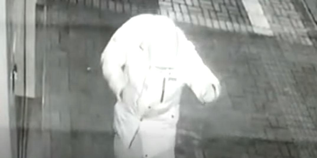 Vídeo: após roubar farmácia, ladrão comemora com 'dancinha' no interior do Paraná