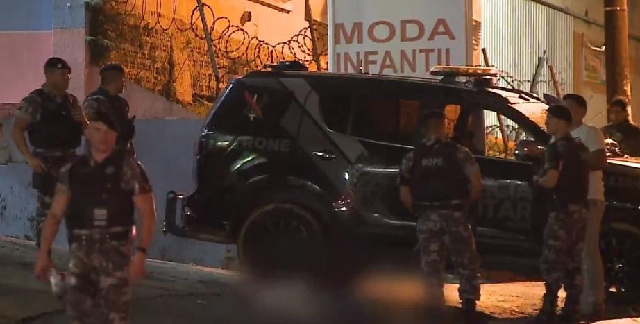 Ladrões tentam assaltar consultório e acabam mortos por policial de folga, em Colombo