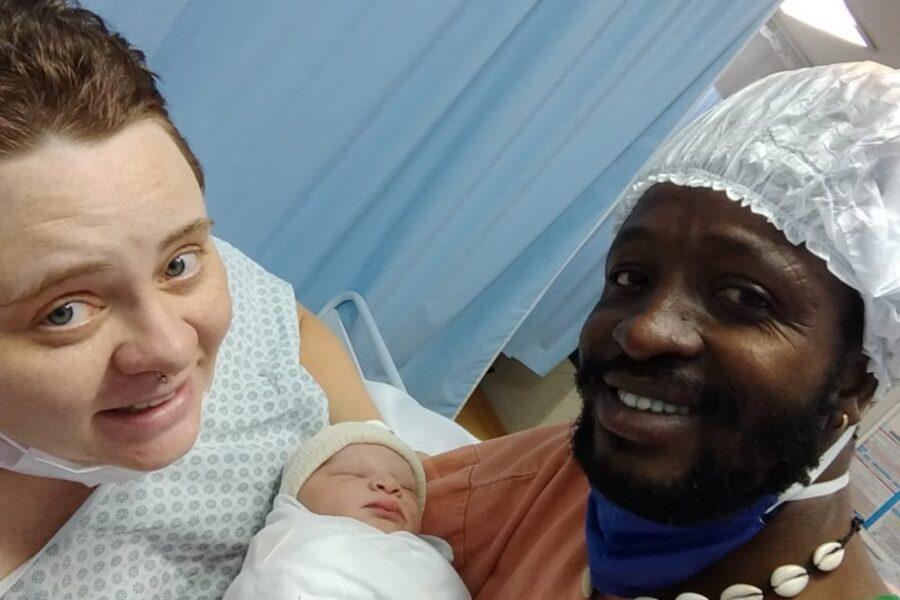 Em meio à pandemia, grávida ganha na Justiça direito de acompanhante no parto