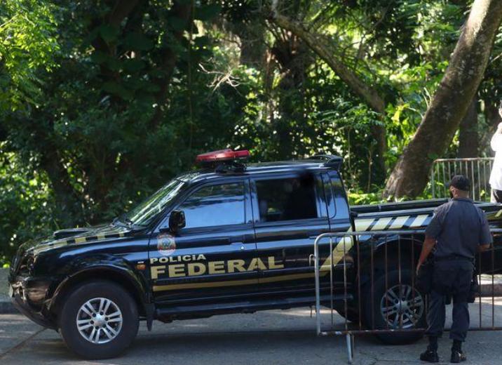 PF faz busca e apreensão contra aliados de Bolsonaro; dois são do Paraná