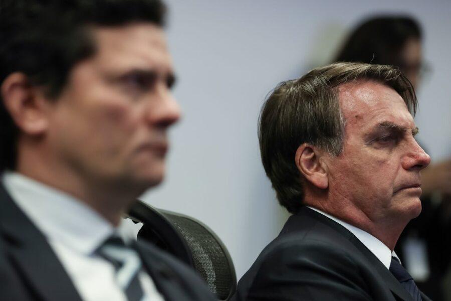 Investigadores querem vídeo da reunião que Bolsonaro teria ameaçado Moro