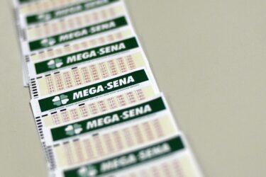 Mega-Sena concurso 2.257: prêmio pode pagar R$ 47 milhões neste sábado (2)