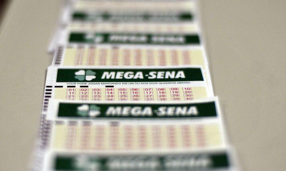 Mega-Sena pode pagar hoje prêmio de R$ 3 milhões