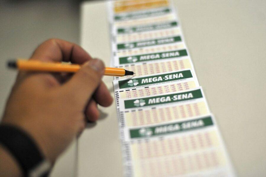 Mega-Sena: concurso 2.238 pode pagar R$ 3 milhões neste sábado (29)