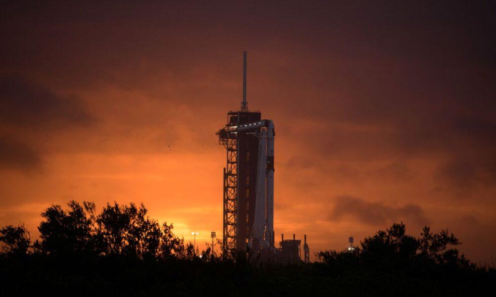 Empresa vai lançar astronautas em missão espacial nesta quarta-feira