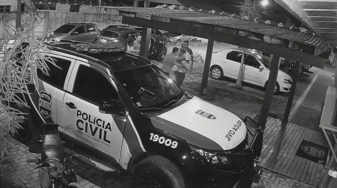 """Policial salva vida de bebê engasgado e revela história emocionante """"ninguém entra na sua vida à toa"""""""