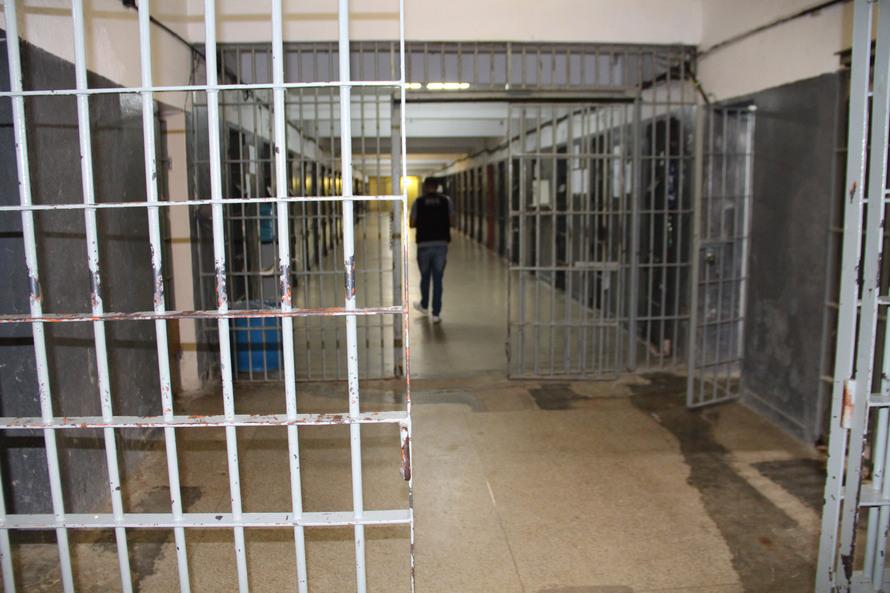 Depen estima que 30 mil detentos saíram das prisões em todo o país por causa do coronavírus