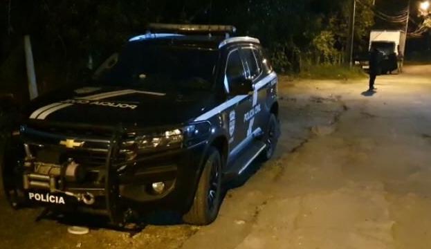 Suspeitos de receptação e roubos de veículos em Curitiba e RMC são presos
