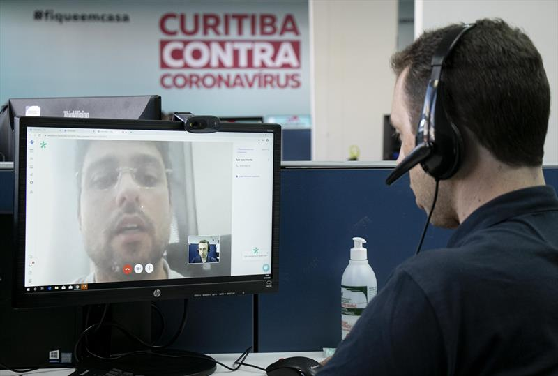 Curitiba é a primeira cidade do Brasil a oferecer videoconsulta para o novo coronavírus