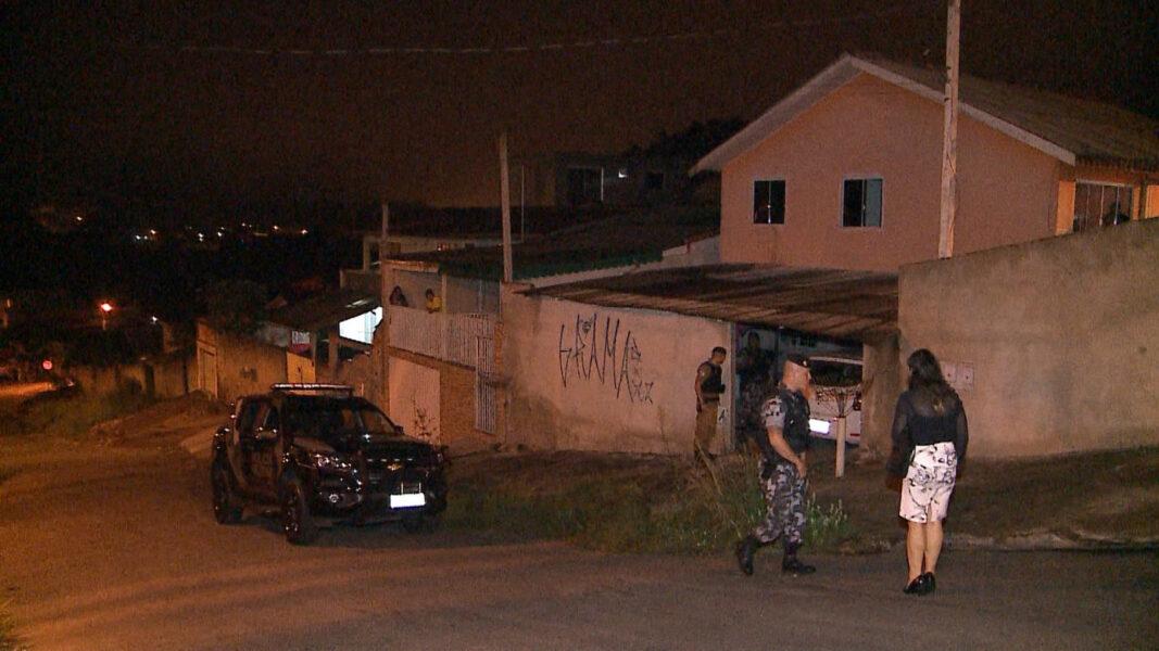 Dois suspeitos morrem em troca de tiros com a RONE