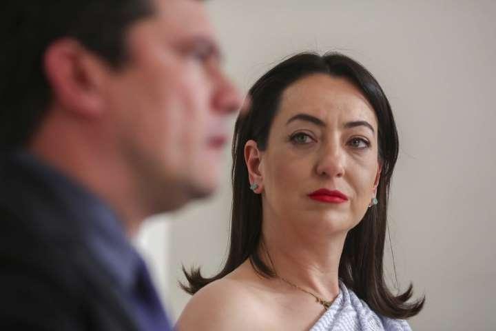 """""""Deixar o governo era a única atitude eticamente aceitável"""", diz Rosângela Moro"""