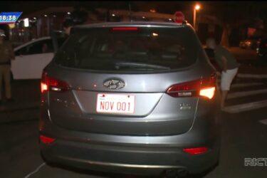 Carro capota três vezes após acidente em Maringá