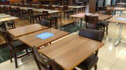 Shopping afirma que movimento no primeiro dia de reabertura em Curitiba foi tranquilo
