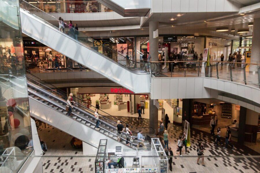 Shoppings podem reabrir, mas seguindo medidas rígidas contra coronavírus