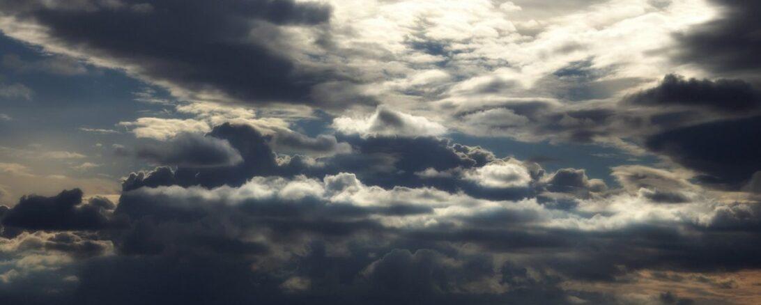 Curitiba volta a ser ela mesma: o sábado promete ser nublado e frio