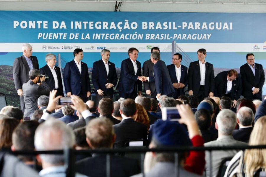 Bolsonaro lança pedra fundamental da segunda ponte Brasil-Paraguai