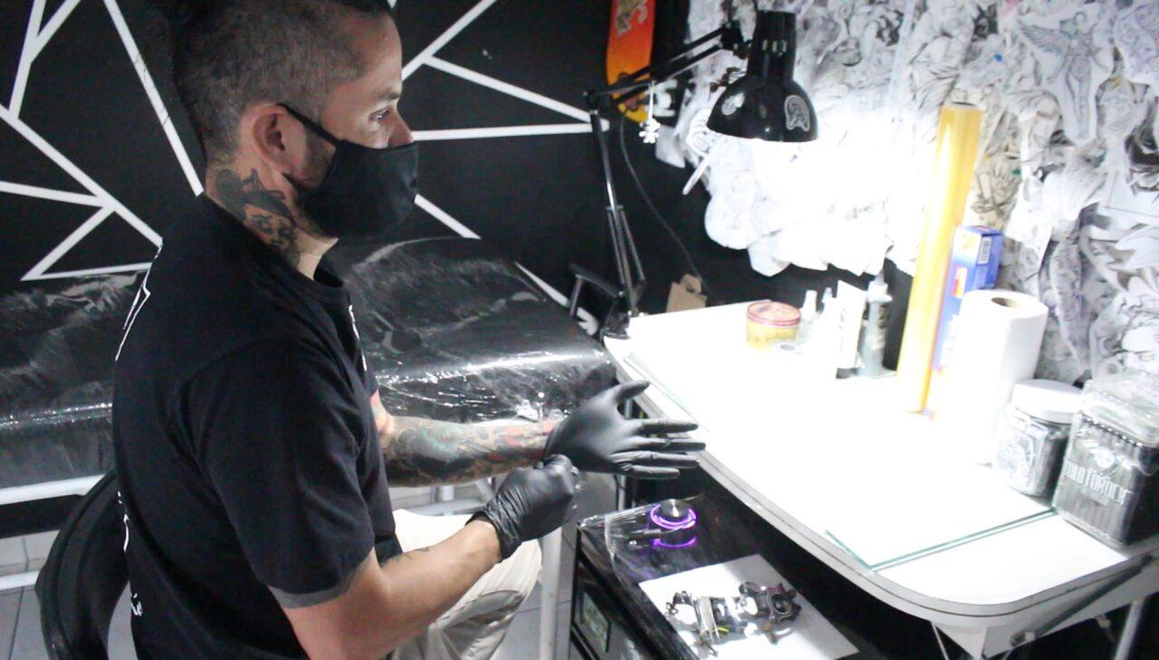 tatuador-coronavirus