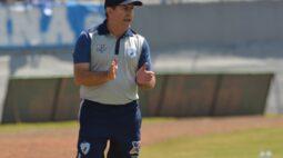 Cláudio Tencati é o novo técnico do Criciúma
