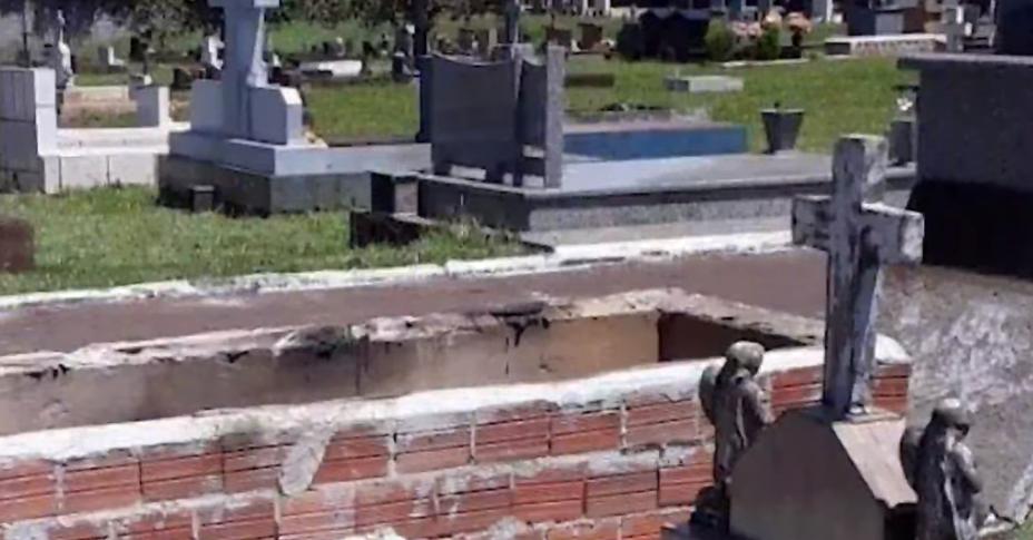Túmulo onde estava o corpo de empresário é violado e queimado, em Juranda