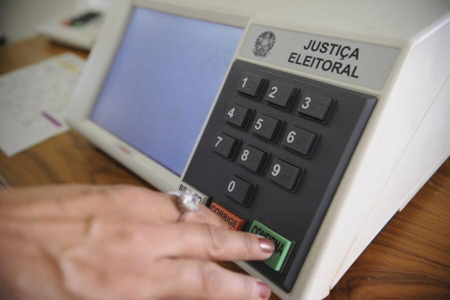 No Paraná, 150 mil títulos de eleitores estão cancelados; saiba como regularizar