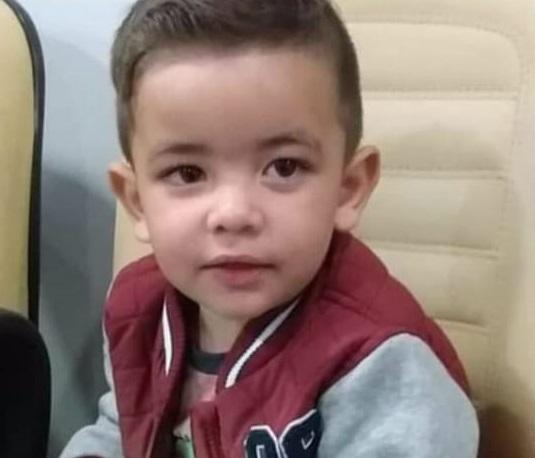Criança de 2 anos morre com sinais de espancamento e tio é preso em flagrante no Paraná
